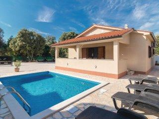 2 bedroom Villa in Barbariga, Istria, Croatia : ref 5545508