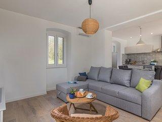2 bedroom Apartment in Veli Turini, Istria, Croatia : ref 5545393