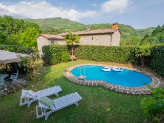 4 bedroom Villa in Pescia, Tuscany, Italy : ref 5055186