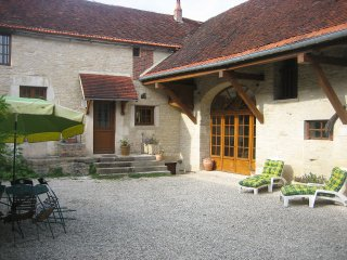 4 bedroom Villa in Arthonnay, Bourgogne-Franche-Comte, France : ref 5555646