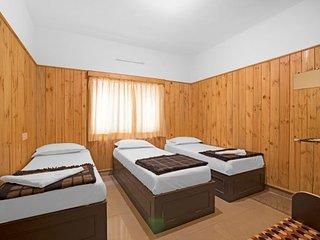 Rustic 3-BR cottage for a rejuvenating group retreat