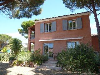 3 bedroom Villa in La Garonnette-Plage, Provence-Alpes-Cote d'Azur, France : ref