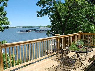 Bittersweet Palms walking distance to Htoads - Houses for Rent in Lake Ozark, Mi