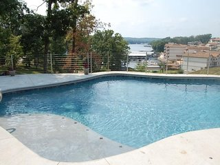 Private Pool Vacation Home - Houses for Rent in Lake Ozark, Missouri, United
