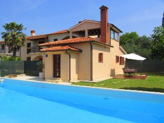 2 bedroom Villa in Gali탑ana, Istria, Croatia : ref 5481101