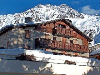 2 bedroom Apartment in Argentière, Auvergne-Rhône-Alpes, France : ref 5034730