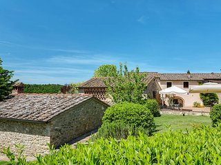 2 bedroom Apartment in Poggibonsi, Tuscany, Italy : ref 5447392