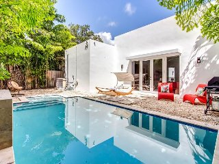 Sextant's Biscayne Residence II—Heated Pool Hot Tub 10 minutes to South Beach