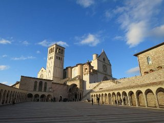2 bedroom Apartment in Assisi, Umbria, Italy : ref 5447815