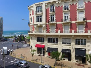 2 bedroom Apartment in Biarritz, Nouvelle-Aquitaine, France : ref 5559976