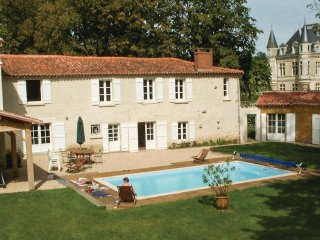 5 bedroom Villa in Bourneau, Pays de la Loire, France : ref 5542994