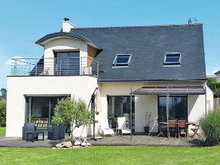 4 bedroom Villa in Plouarzel, Brittany, France : ref 5438432