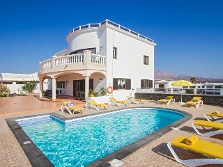6 bedroom Villa in Puerto del Carmen, Canary Islands, Spain : ref 5512607