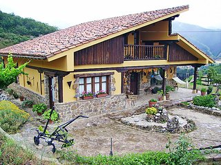 2 bedroom Villa in Potes, Cantabria, Spain : ref 5043588