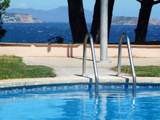 Begur Villa Sleeps 4 with Pool and WiFi - 5246706