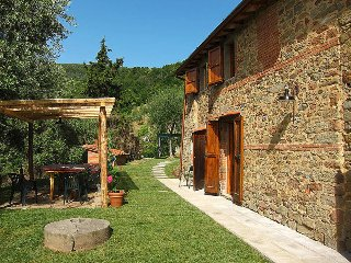 3 bedroom Apartment in Pescia, Tuscany, Italy : ref 5447333