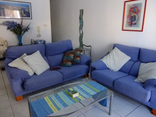 Apartment Azul in the village of Playa San Juan with Free Wi-Fi