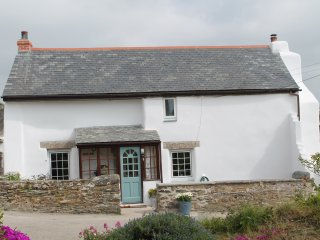 Holiday Cottage in Porthtowan on the North Cornwall Coast 'Towancott'