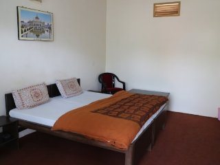most reasonable and finest Guest House in Mathura