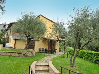 3 bedroom Villa in Badia, Umbria, Italy : ref 5503587