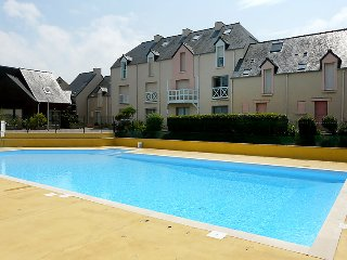 1 bedroom Apartment with Pool, WiFi and Walk to Beach & Shops - 5025587