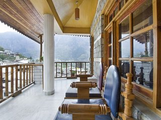 Well-appointed boutique stay, close to Van Vihar