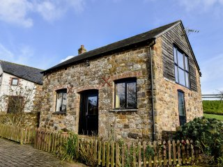 The Stable - a beautifully romantic, dog friendly, rural, converted stable.
