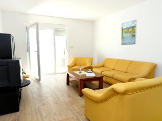 Four bedroom apartment Klek, Usce Neretve (A-10031-c)