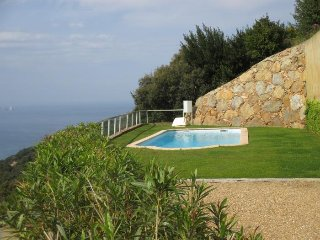 3 bedroom Villa with Pool - 5247039