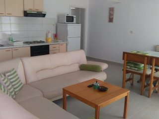 Three bedroom apartment Mimice (Omis) (A-2774-b)