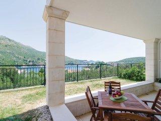 2 bedroom Apartment in Zaton Doli, Dubrovacko-Neretvanska Zupanija, Croatia : re