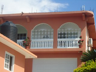 beautiful well equiped  1 bedroom apartements