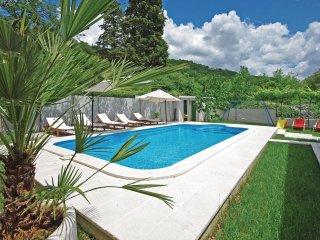 3 bedroom Villa in Zezevica, Splitsko-Dalmatinska Zupanija, Croatia : ref 556358