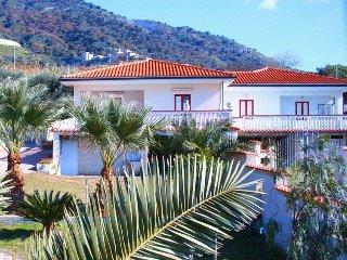 2 bedroom Villa in Joppolo-Siroto, Calabria, Italy : ref 5333414