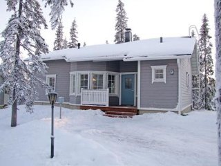 Rukajarvi Holiday Home Sleeps 8 - 5045046