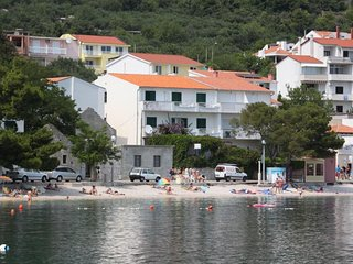 Three bedroom apartment Igrane, Makarska (A-6653-a)