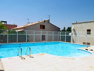 2 bedroom Villa in Narbonne-Plage, Occitania, France : ref 5251584