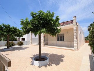3 bedroom Villa in Racale, Apulia, Italy : ref 5079322
