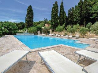 3 bedroom Villa in Monteverdi Marittimo, Tuscany, Italy : ref 5540895