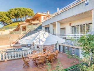 5 bedroom Villa in Sant Pol de Mar, Catalonia, Spain : ref 5540992