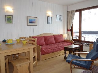 1 bedroom Apartment in Les Boisses, Auvergne-Rhone-Alpes, France : ref 5502938