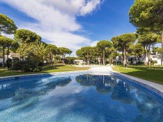 2 bedroom Apartment in El Paraiso, Andalusia, Spain : ref 5250936