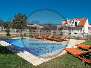 3 bedroom Villa in Cetina, Šibensko-Kninska Županija, Croatia : ref 5542448