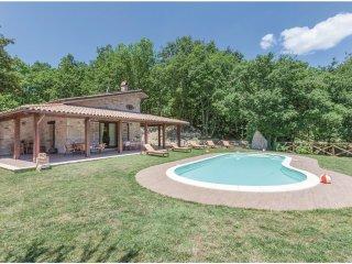 2 bedroom Villa in San Lupo, Campania, Italy : ref 5535589