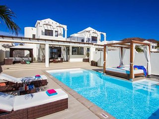 3 bedroom Villa in Playa Blanca, Canary Islands, Spain : ref 5568374