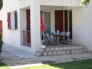 2 bedroom Apartment in Saint-Cyr-sur-Mer, France - 5051548