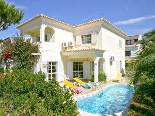 4 bedroom Villa in Vilamoura, Faro, Portugal : ref 5455957