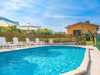 5 bedroom Villa in Santa Lucia, Tuscany, Italy : ref 5553143