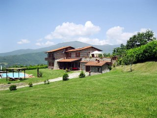 3 bedroom Apartment in Caprignana, Tuscany, Italy : ref 5447185