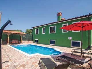 4 bedroom Apartment in Vinez, Istria, Croatia : ref 5564421
